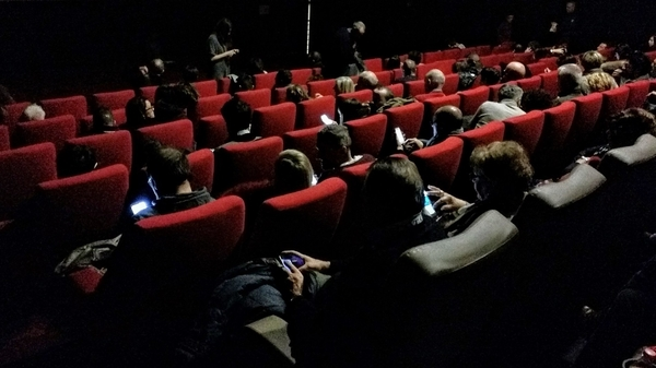 Experimental psychology in Cinema using Mobile Technologies