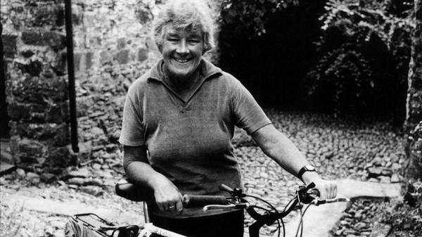 Who is Dervla Murphy? + Short - Come on Eileen